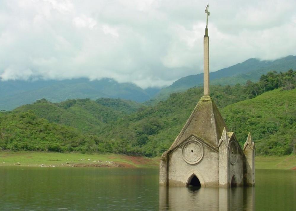 iglesia sumergida de Potosí