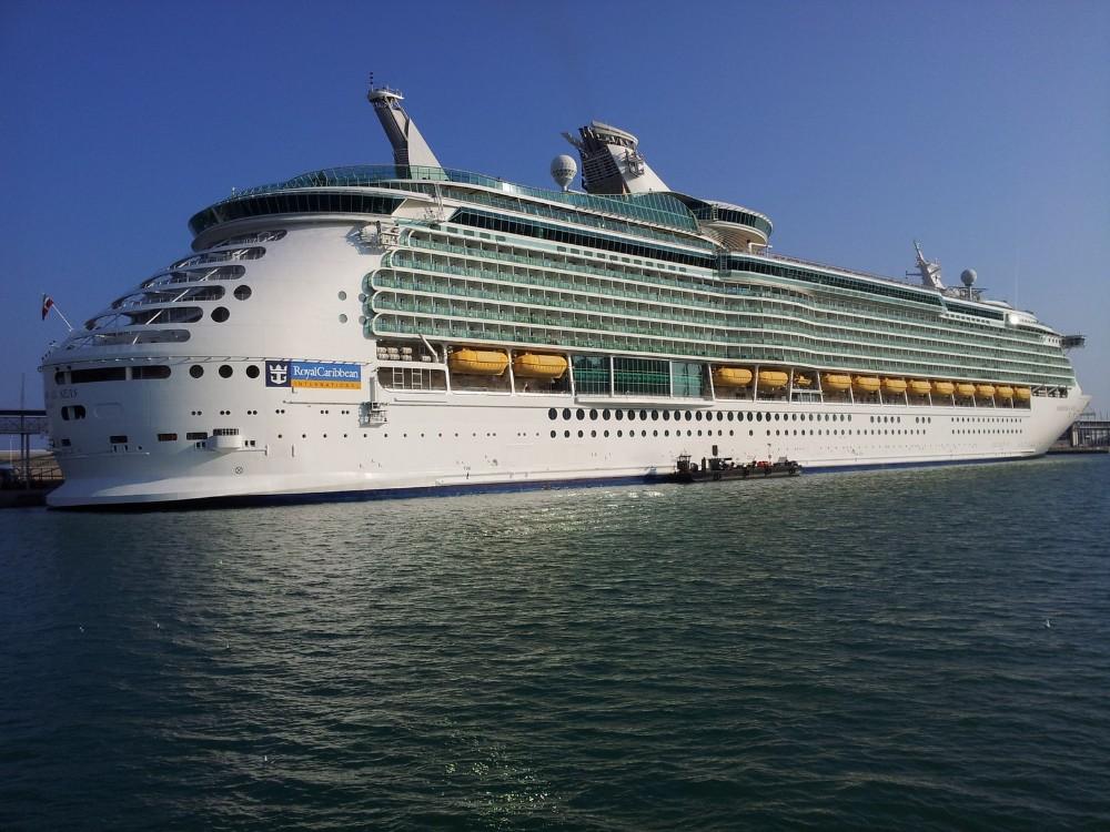 Carnival y Royal Caribbean