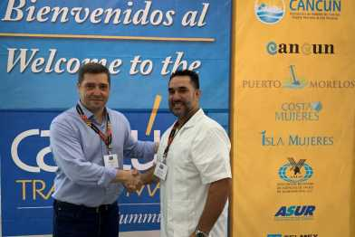 Sergio Carrascosa, CEO de SolBooking Group; y Manuel Cuevas, Vicepresidente ejecutivo William H. Coleman